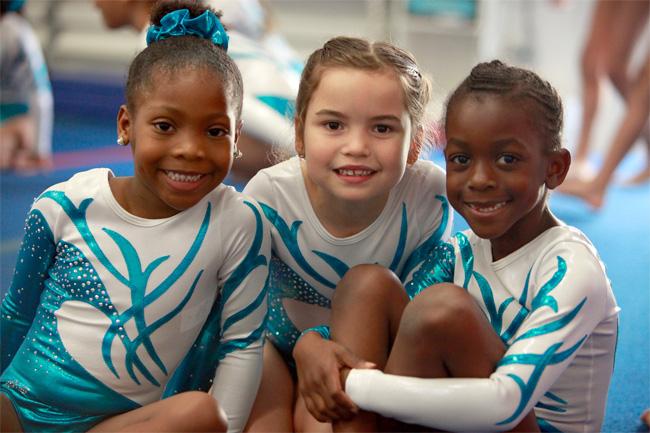 girls-at-gravity-gymnastics